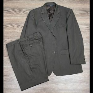Brooks Brothers Brown Herringbone Suit 46R